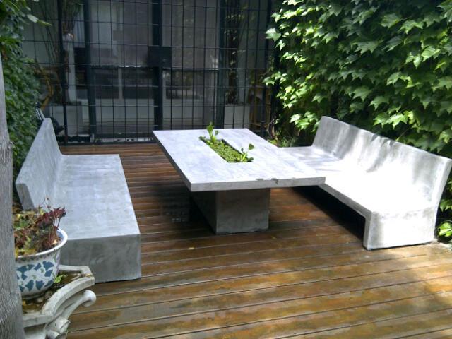 Muebles de jardin en cemento gris y centro personalizado - Jardineras de cemento ...