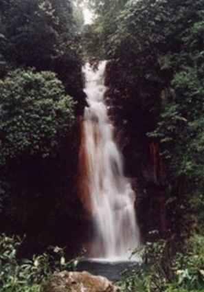 Gambar wisata air terjun di Jakarta Curug_cigamea