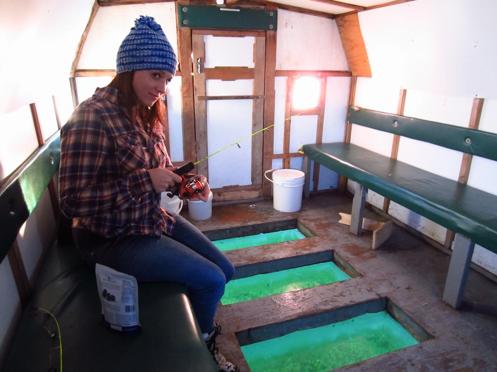 Ice fishing girls - photo#5