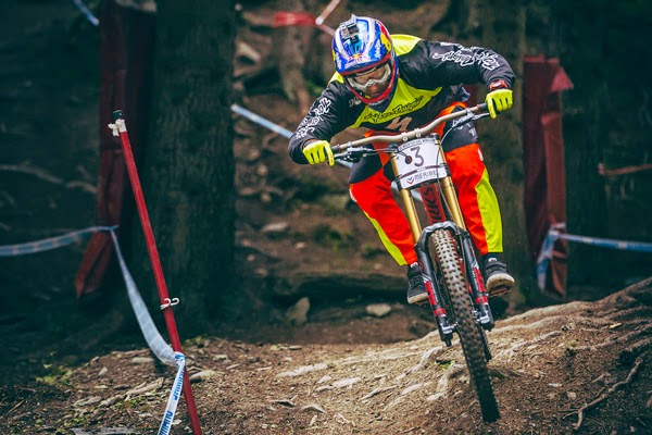 Inside Specialized Racing: 2014 UCI World Cup Downhill Highlights