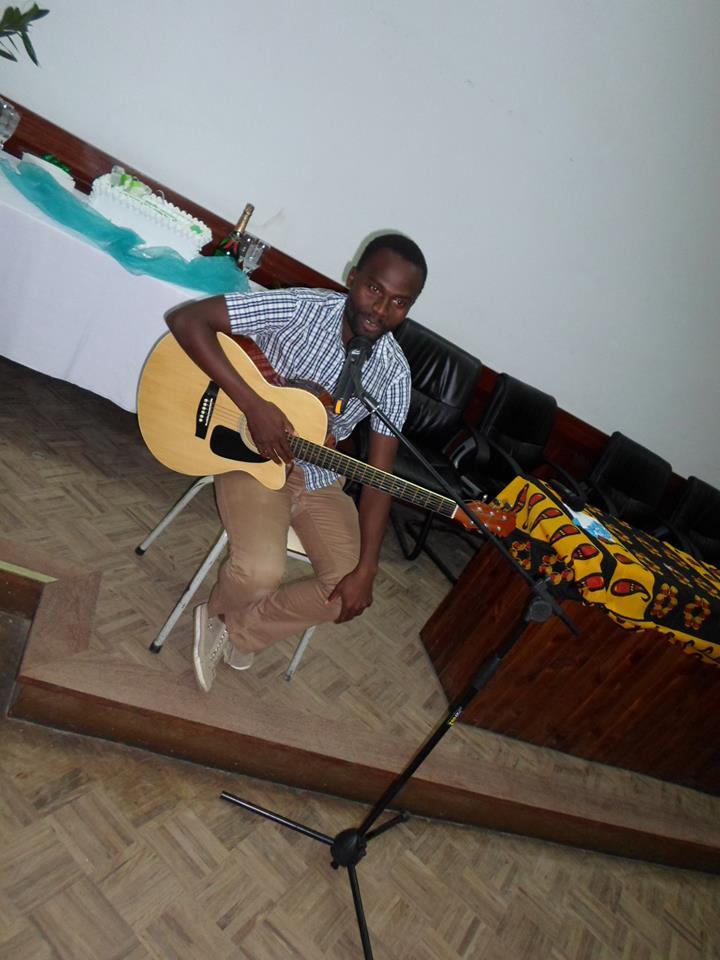 Música e guitarra de Dinis Foquiço nas atividades