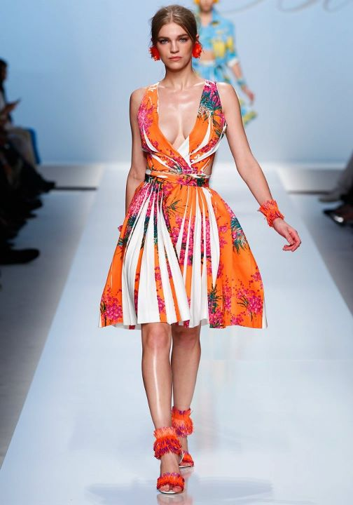 Blumarine Spring Summer 2012 Ready-To-Wear Collection ...
