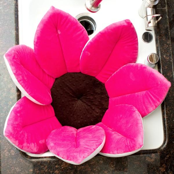 Blooming Bath: Bébé Radieuse et l'heure de son bain...