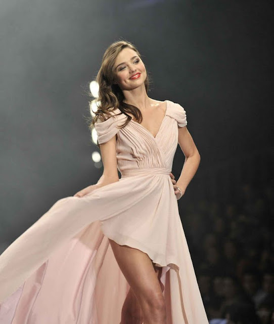 Miranda Kerr – Liverpool Fashion Fest A/W 2011 in Mexico City
