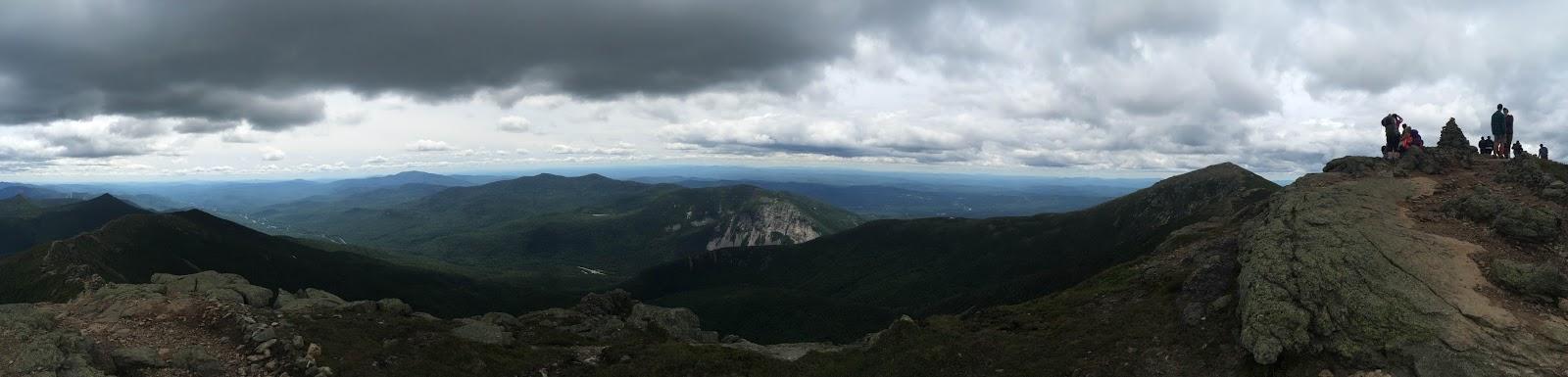panoramic image of Lafayette Ridge in New Hampshire