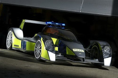 Bugatti-Veyron-Police-Car-F1-Type-Side