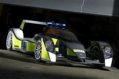 Bugatti-Veyron-Police-Car-F1-Type-Side