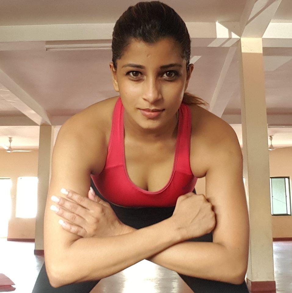 You sri lankan actress nadeesha hemamali tits and pussy happens. can