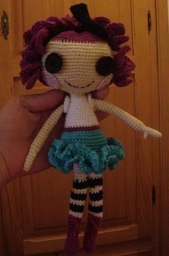 Sock Monkey Amigurumi Pattern : 2000 Free Amigurumi Patterns: Lalaloopsy like doll