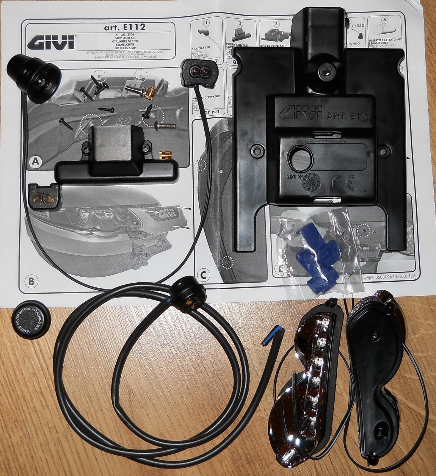 Givi e112 kit luci stop a led per baule valigia givi e55 for Kit per baule logati a mano