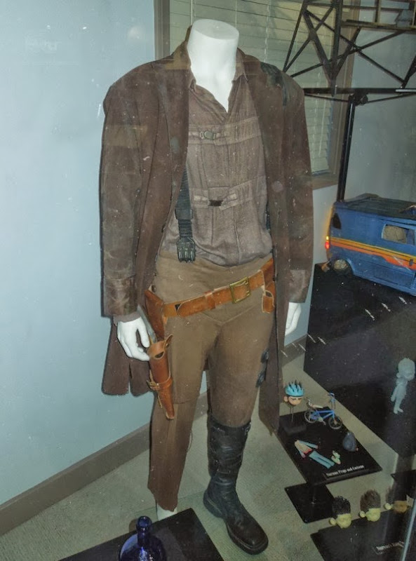Mal Reynolds Serenity movie costume