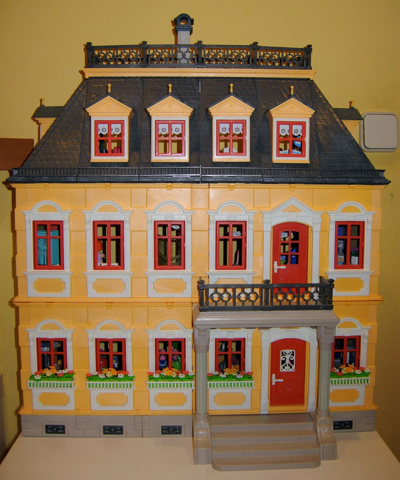 Mi aventura nancy mi casa playmobil 5301 ii for La casa de playmobil