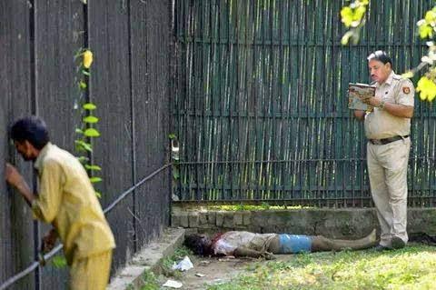 18SG Gambar mayat serangan harimau tersebar 5 Gambar