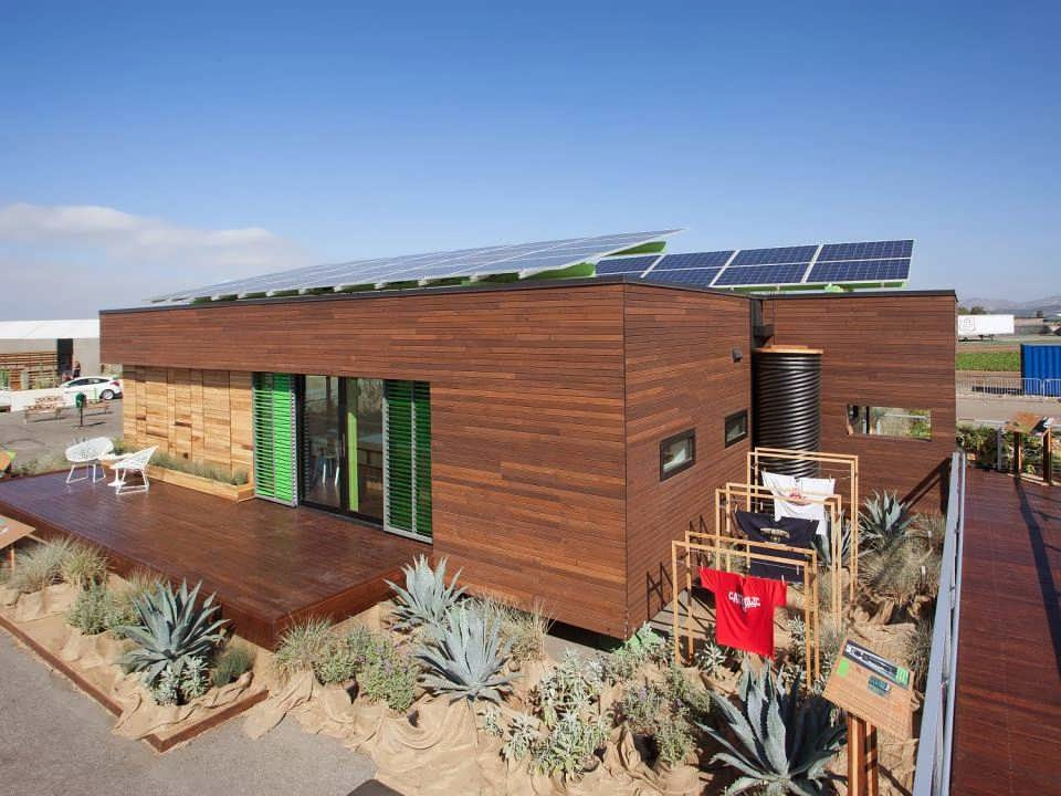 Green Heart Minimalist House Design With Solar Panel For