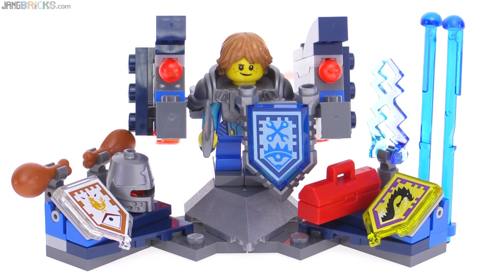 LEGO Nexo Knights Ultimate Robin review! 70333