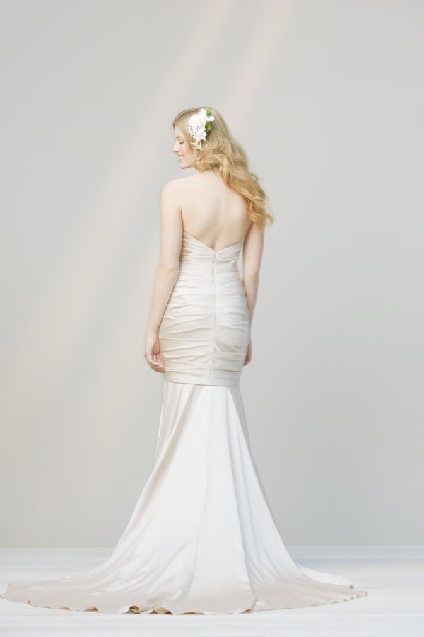 Simple non traditional wedding dresses dress pictures for Non traditional wedding dresses