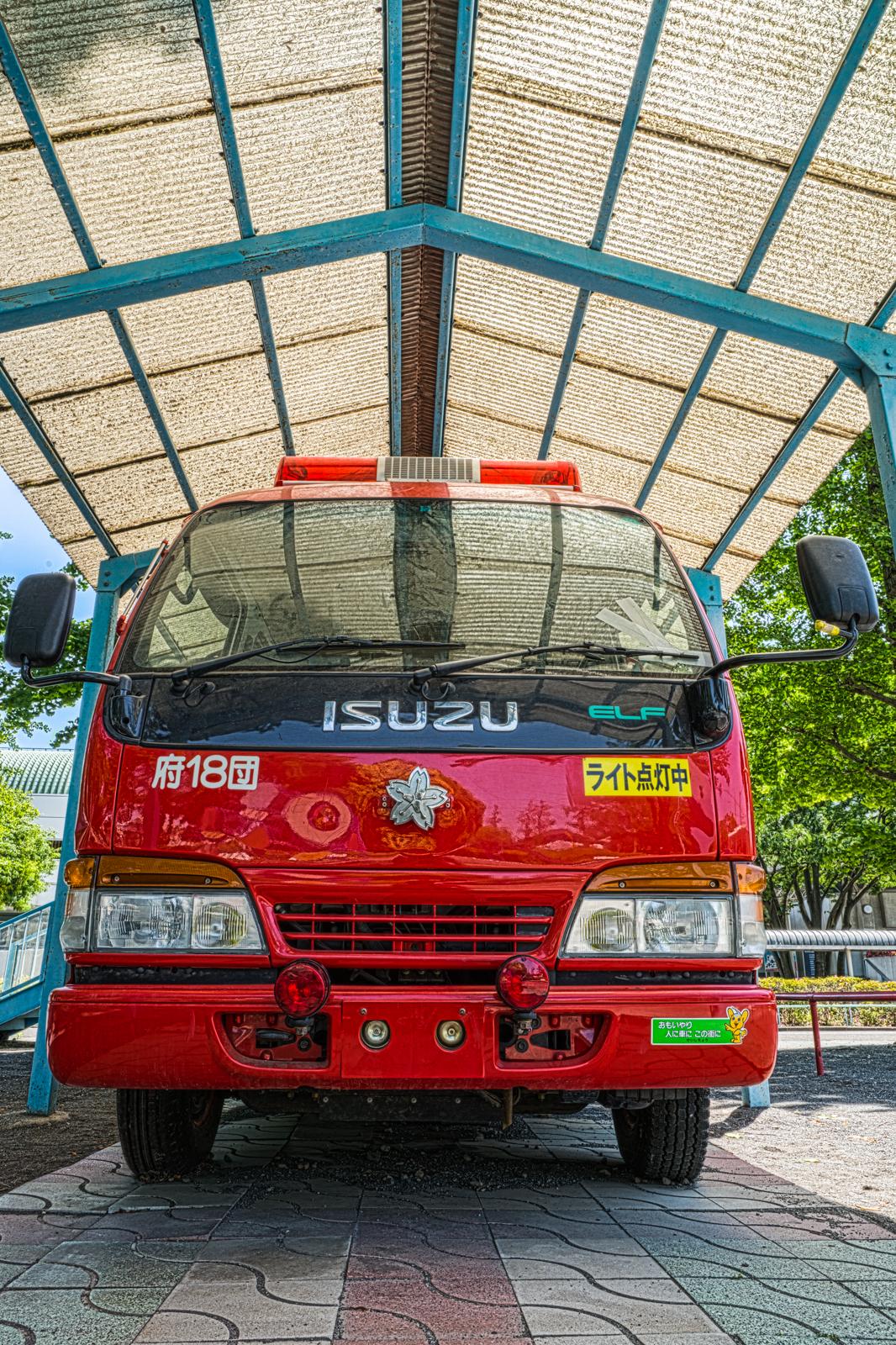 消防車のHDR写真