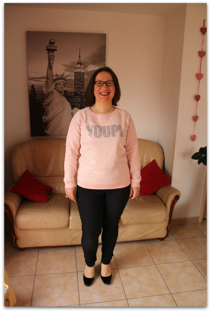 OOTD Fashion Blogger Curvy French Curves Celebrate My Size Eff Your Beauty Standards Sweater French Disorder