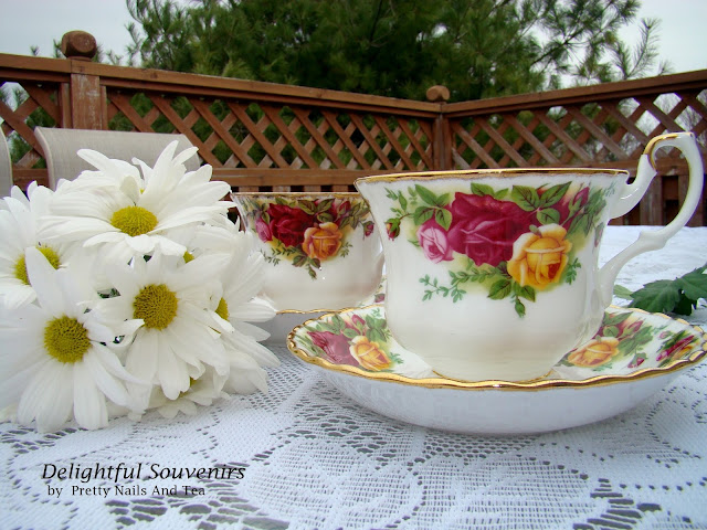 Old Country Roses Tea Cup and Saucer Set