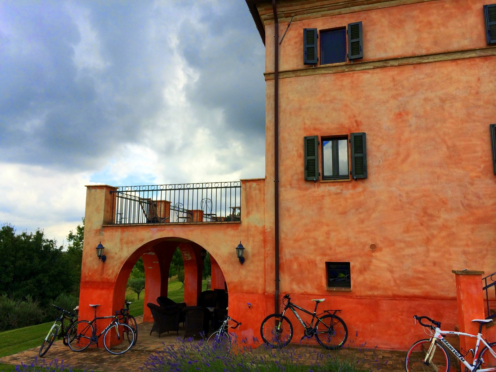bike rental shop san ginesio