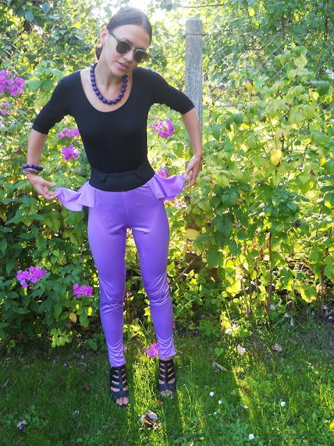 błyszczące spodnie, spodnie na dyskotekę, legginsy z baskinką, DISCO - pants