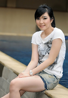 Gisel+Idol4 Cyber4rd Foto Seksi Hot Mulus Artis Cantik Gisel Idol