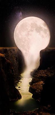 Cascada de Luna • Imagen de Fantasía