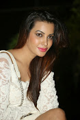 Diksha panth latest glam pics-thumbnail-11