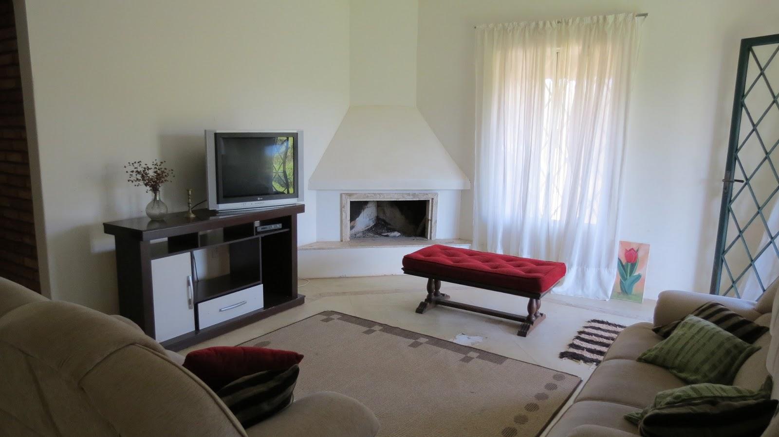 #654640 decoração de sala pequena com lareira de canto 1600x899 píxeis em Decoração De Sala Pequena Com Lareira De Canto