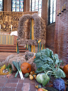 Die Ernte - Feldfrüchte und die Erntenkrone