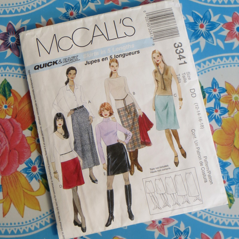 Extolling the virtues of McCall\'s sewing pattern 3341 a beginners ...