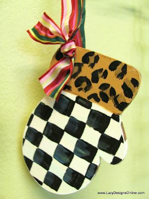 black and white checks ornament mitten shape leopard cuff