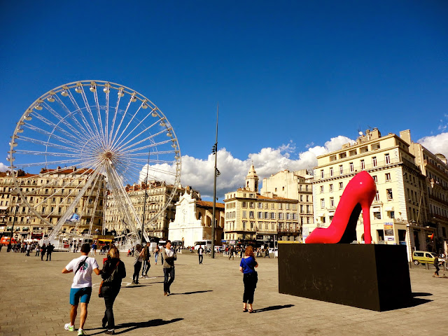 Ferris wheel & shoe statue beside the port, Marseille, France