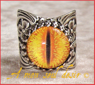 bague bijou Seigneur des Anneaux Sauron Mordor Oeil Yeux JRR Tolkien Jewel Eye Lord of the Rings