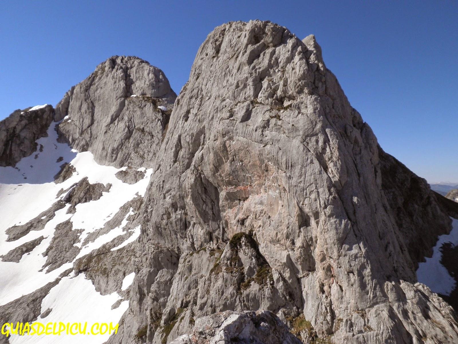 Fernando Calvo guia de montaña, especialista en picos de europa, guiasdelpicu.com
