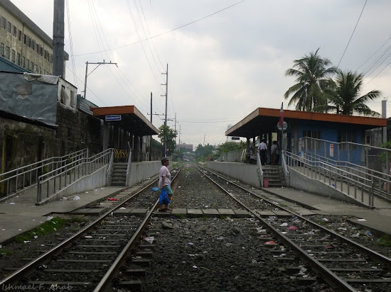 Railway of Philippine National Railways at Blumentritt