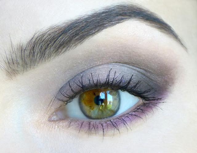 """Makijaż """"Wiolettowy"""" dla zielonych oczu"""