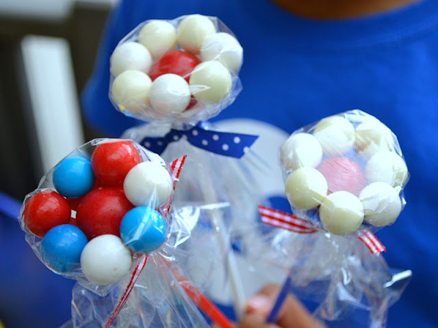 4th of July patriotic gumball flower bouquet
