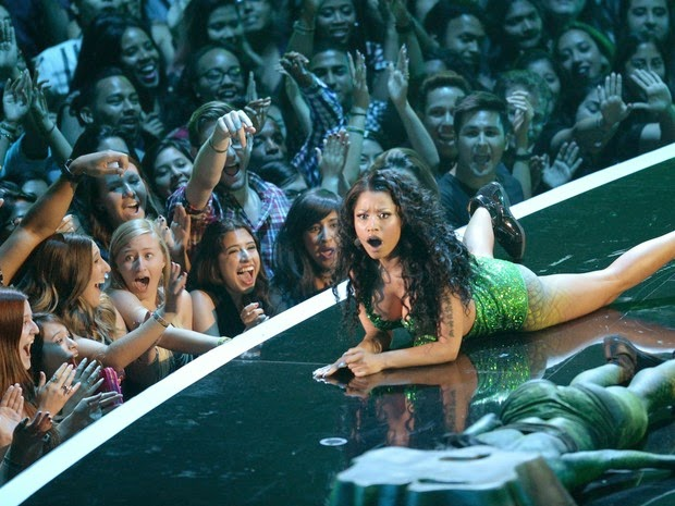 Nicki Minaj performs at the VMA