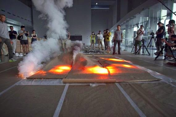 Ο Cai Guo-Qiang και η τέχνη από φωτιά