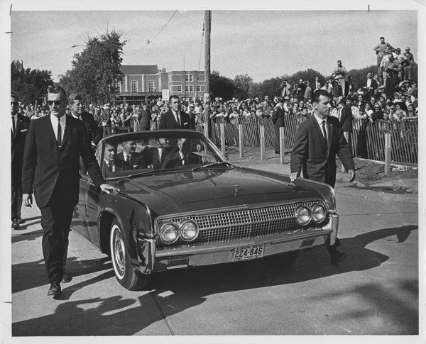 Agents (inc. Blaine) surround JFK's limo, North Dakota, 9/25/63