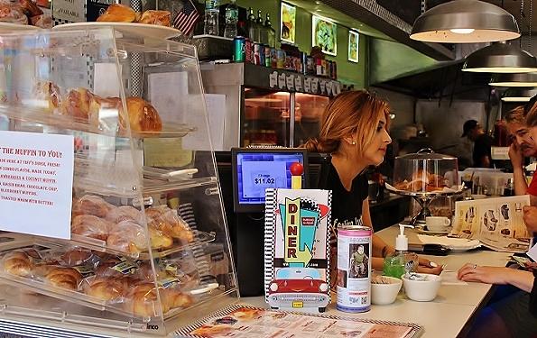 Tiny's Diner – god brunch och frukost i Bronx