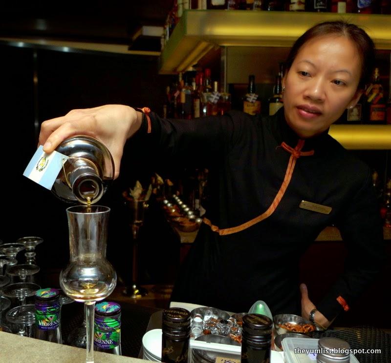 rum bar, marco polo hotel hongkong
