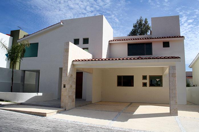 Casas mexicanas elegante fachada contempor nea mexicana for Planos de casas modernas mexicanas