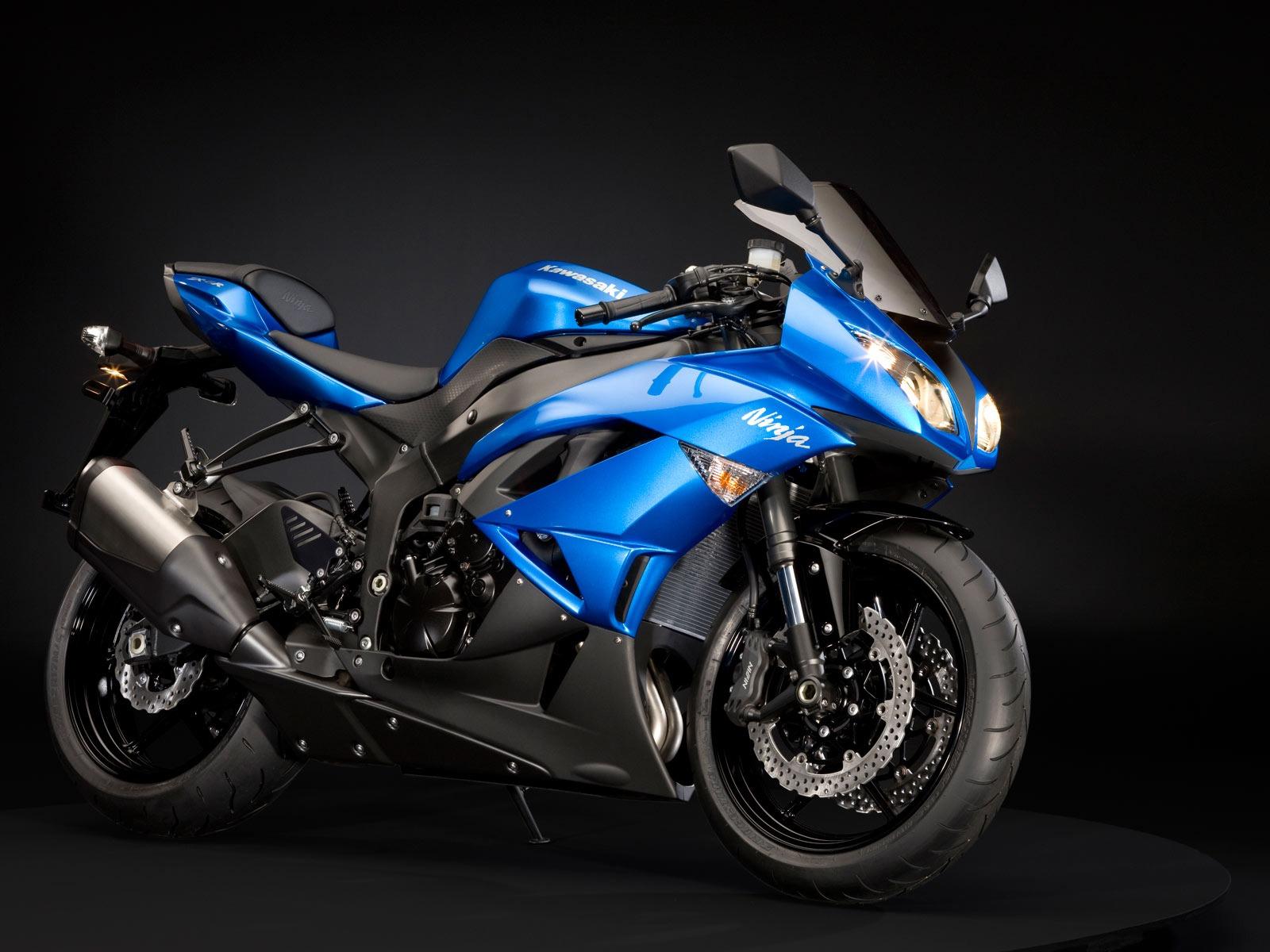 Kawasaki Ninja ZX 6R Blue