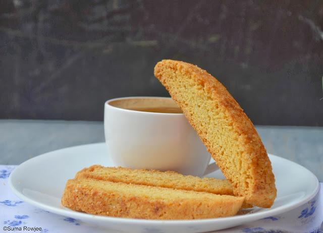 Cakes And More!: Cinnamon Cornmeal Biscotti