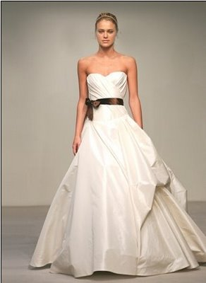 Dress Designers on Weddingdressespro  Vera Wang Wedding Dresses