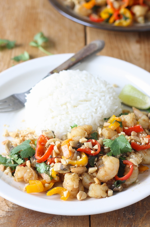 Thai Shrimp & Vegetable Stir Fry by SeasonWithSpice.com