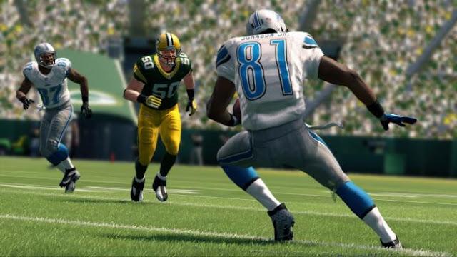 Screenshot of video game Madden NFL 25