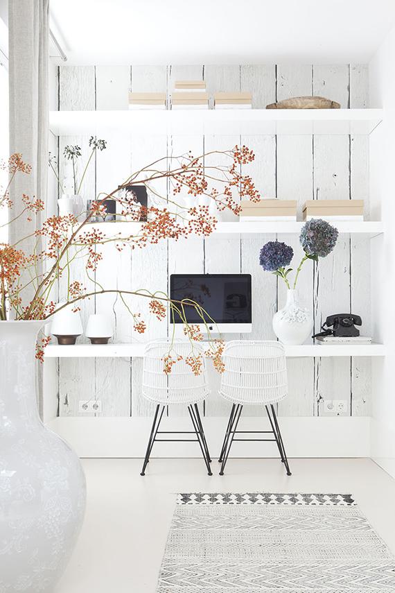Home office inspiration | Image via Vtwonen